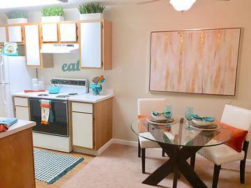 Classic Dining Room - Vue 5325 - Las Vegas, NV