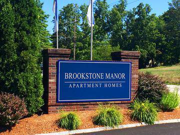 Front Entrance Sign - Brookstone Manor - Milford, NH