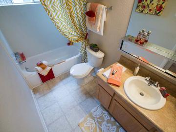 Bathroom - Berkshire Manor - Carrboro, NC