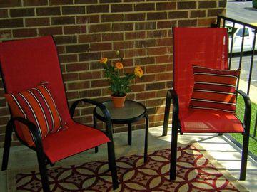 Private Patio/Balcony - Berkshire Manor - Carrboro, NC