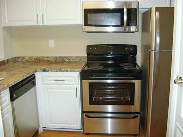Stainless Steel Appliances - Ashford Lakes - Hillsborough, NC