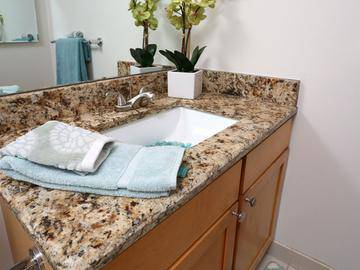 Bathroom - Quay 55 - Cleveland, OH