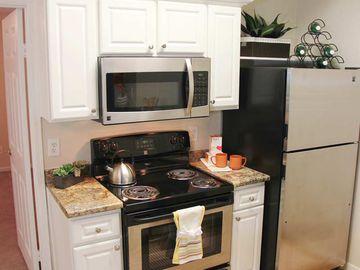 Stainless Steel Appliances - Terraces of Western Cranston - Cranston, RI