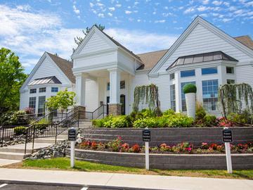 Resident Clubhouse - Terraces of Western Cranston - Cranston, RI