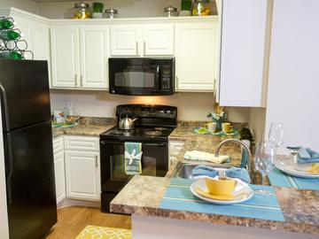Kitchen - Terraces of Western Cranston - Cranston, RI