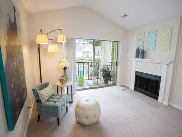 Living Room - Terraces of Western Cranston - Cranston, RI