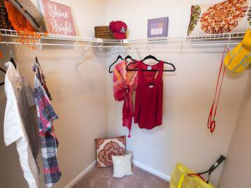 Walk-In Closet - Simmons Cay - Bluffton, SC