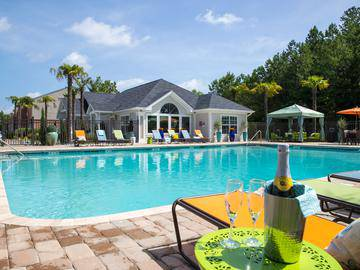 Resort-Style Swimming Pool - The Legends at Lake Murray - Columbia, SC