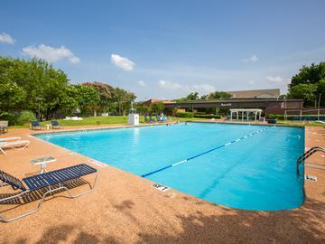 Aerofit Swimming Pool - The Element at University Park - Bryan, TX