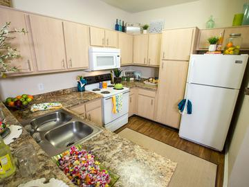 Kitchen - The Element at University Park - Bryan, TX