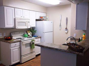 2x2 Kitchen - Stadium View - College Station, TX