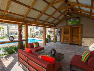 Poolside Cabana - Stadium View - College Station, TX